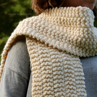 Side_line_scarf_14_square_wc_small2