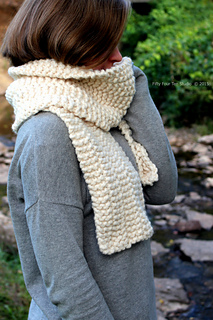 Side_line_scarf_1_wc_small2
