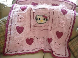 Hello_kitty_afghan_small2