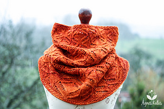 Dancingfirefliescowl_wm-3244_small2