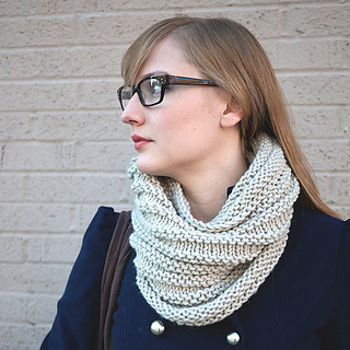 Caring-cowl-picture3-kd_small2