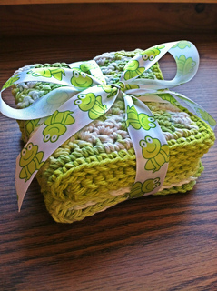 Key_lime_pie_baby_washcloths__gift_wrapped__small2