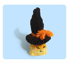 Tiny-witch-hat-4_small