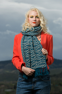 Knitscene-2014-winter-mosaic-0072_small2