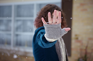 Fingerless_mitss_palm_small2