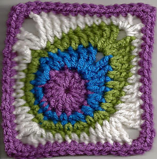 Peacock_feather_square_3_001_small2