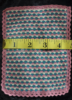 Tricolourbedspread_small2