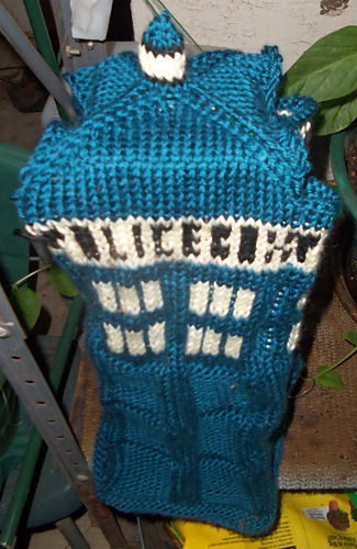 Ravelry: Boxy TARDIS Bag pattern by Stephanie L Layland