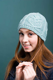 Valentine-cables-hat-2_small2