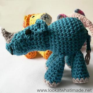 Crochet_rhino_small2