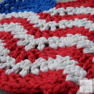 Small American Flag Crochet Pattern : Ravelry: American Flag Dishcloth pattern by Jill Swensen