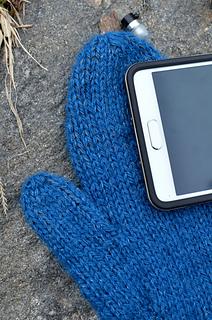 Braincrafts_smart-phone-mittens-22_small2