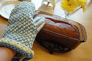 Upcycle_oven_mitt5_small2