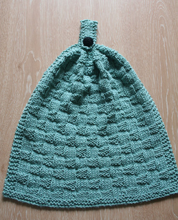 Ravelry: Puffy Basketweave Kitchen Hanging Hand Towel pattern by Cathy Waldie