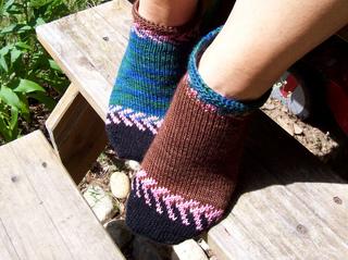 Socks_ravellenic_crystal2_small2