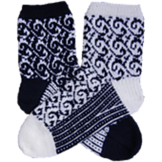 Senta_mirrored_socks_small2