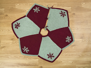 7-18k-star_points_tree_skirt_00029_small2