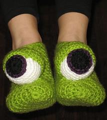 Monster_eyes_slippers_small