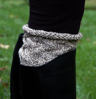 Boot_cuff_pattern_picture_small2
