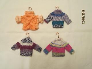Sweater_ornaments_small2