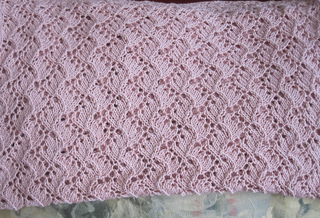 Traveling_vine_lace_blanket_011_small2