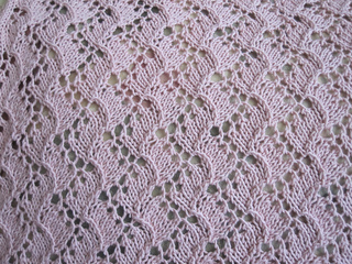 Traveling_vine_lace_blanket_013_small2