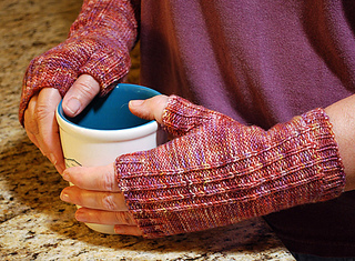 Reverse_rib_mitts_small2