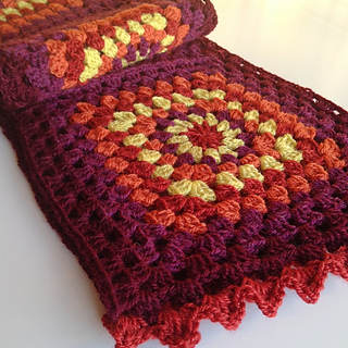 Finished_sammhain_scarf_6_small2