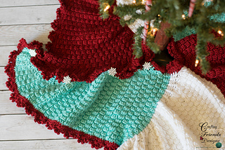 Trisquare_christmas_tree_skirt_small2