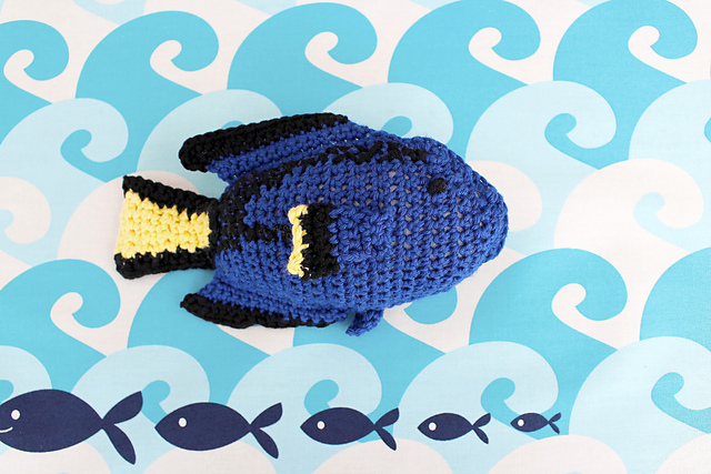 http://www.ravelry.com/patterns/library/blue-tang-dory-fish