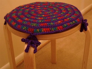 Wind_up_stool_topper_-_multi_small2