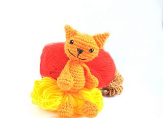 Ravelry Amigurumi Cat : Ravelry: Amigurumi Cat pattern by Kamelia Kiratsova