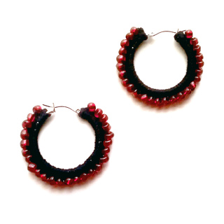 Crochet-beaded-earrings-red1_small2