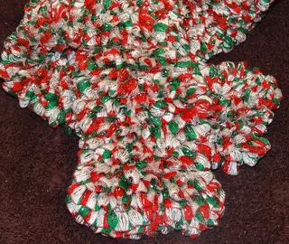 Knit_-_fabulous_christmas_scarf_-_2_small2