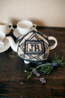 Jak_2012_tea_cozy1_small2