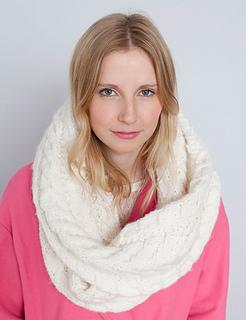 White-scarf-_1-2_small2
