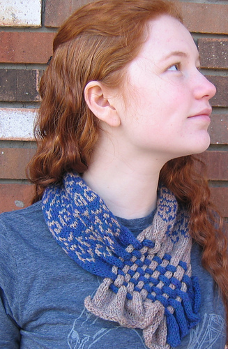 Cowl_and_shawl_001_medium