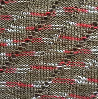 Diagonal_rib_lace_cowl_3_small2