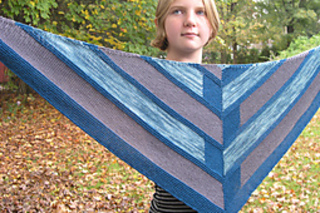 Edit_childs_20111002_westknitsmystershawl_0019_small2