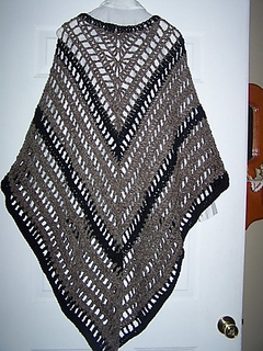 Lydia_shawl-brown_and_black-rmt_small2