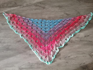 Ravelry: Virus shawl / Virustuch pattern by Julia Marquardt