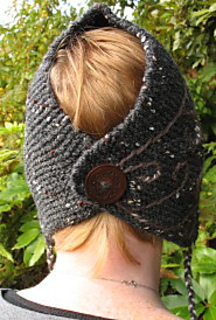Hat_behind_small2