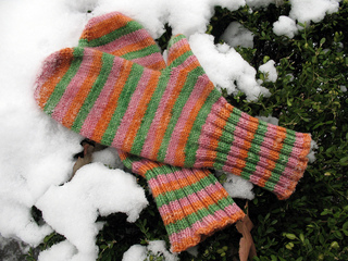Top_down_mittens_small2