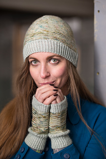 Wooltribe2_hat_mitts_lowres-2_small2