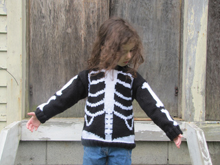 Skeleton_sweater18_small2