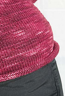 Simple_sweater_close_up_small2