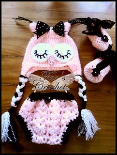Pink_and_black_sleepy_owl_set_small2