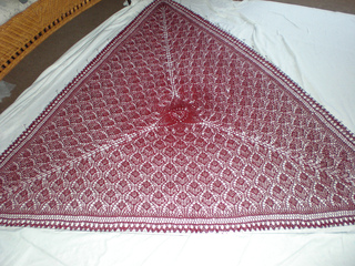 Wollmeise_shawl_blocked_small2