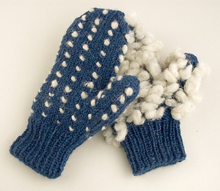 Thrummed-mittens_small2