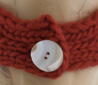 Headband-button-detail-for-rav_small2